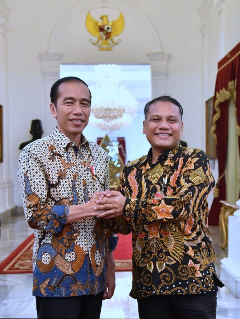 Komjen Sigit Dinilai Bisa Imbangi Kinerja Jokowi Dalam Melayani Masyarakat