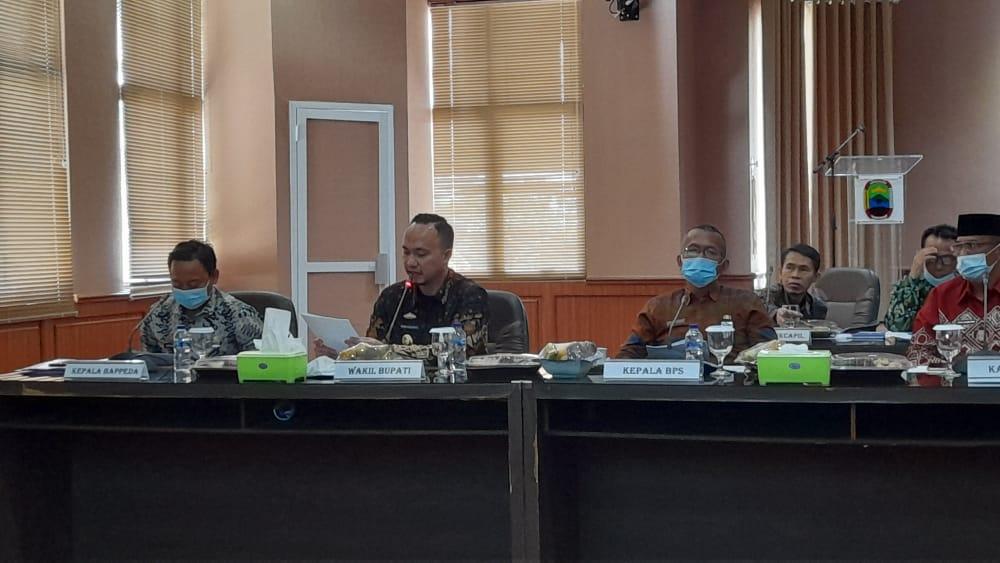 Pemprov Lampung Gelar Rapat Penanggulangan Kemiskinan, Pandu Jadi Narasumber